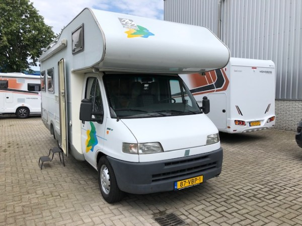 Knaus 6 persoons