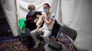 تبدأ فرنسا منتصف يونيو بتطعيم من تتراوح أعمارهم بين 12 و18 سنة