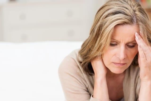Principais sintomas de falta de B12, causas e tratamento