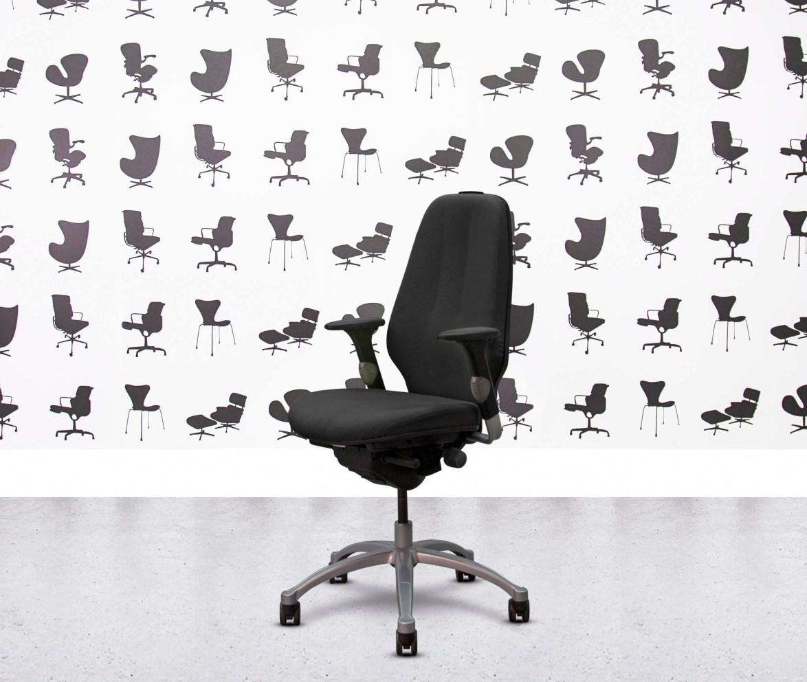 Refurbished ICF Charles Eames - Black Leather - Corporate Spec 3