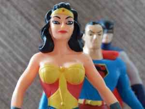Figurines de super héros