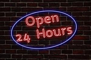 "Luminaire ""open 24 hours"""