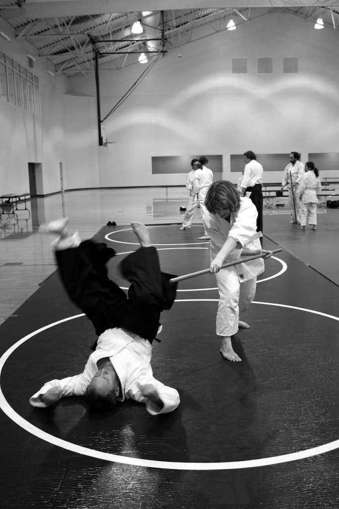 Aikido et utilisation du jo (bâton long)