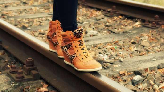 Marche sur des rails