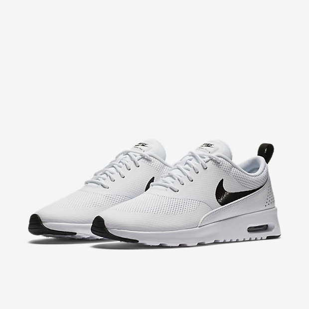sneakers uomo estive nike