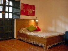 Dormitorio de apartamento en el Corral del Conde
