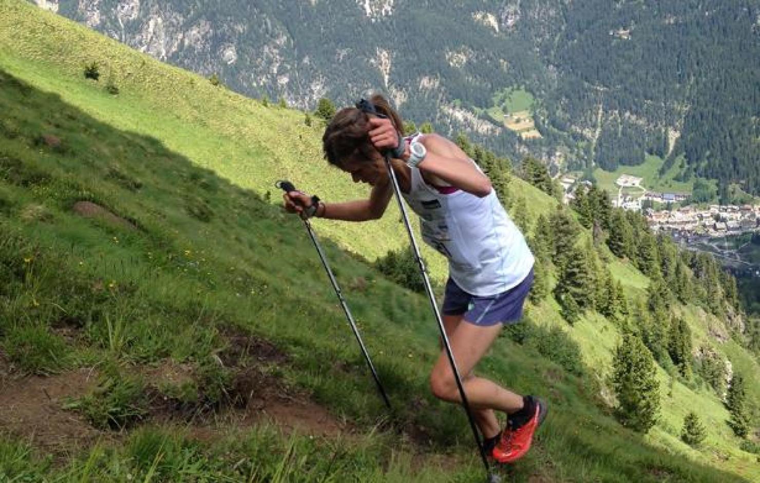 Laura Orgué conquistando un KV con bastones. Foto: Salomon