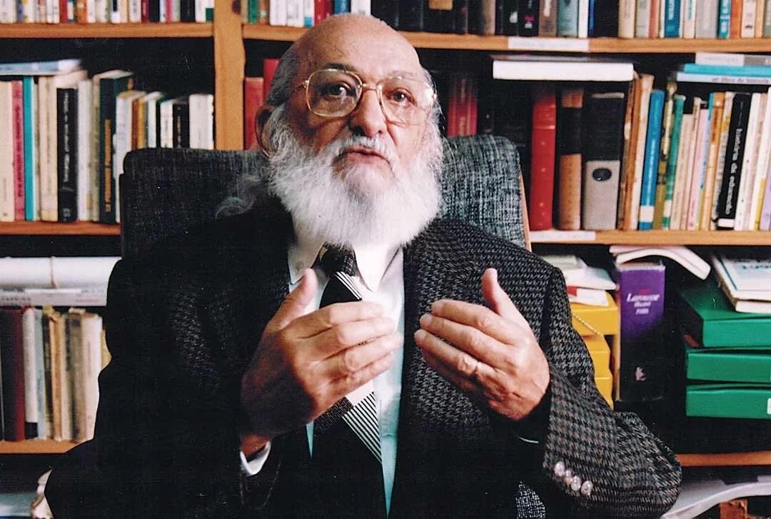 Movimento Escola sem Partido troca Paulo Freire por Alexandre Frota