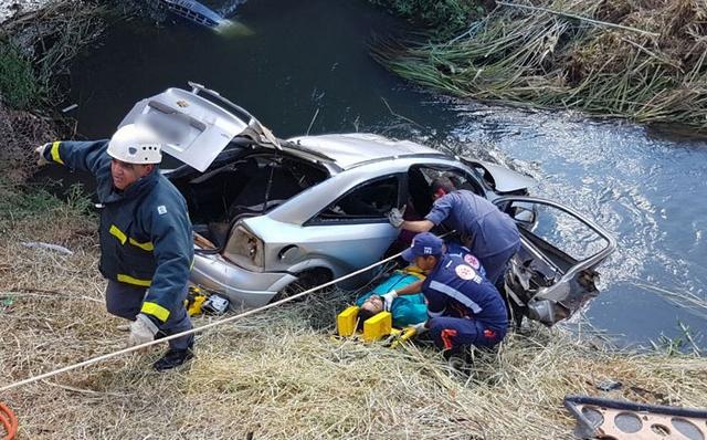 Um morre e outro fica gravemente ferido após acidente na Avenida Fatima Porto em Patos de Minas