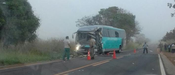 Uma pessoa morre e sete ficam feridas em acidente próximo a Vazante; ônibus da Planalto seguia de Paracatu a Patos de Minas