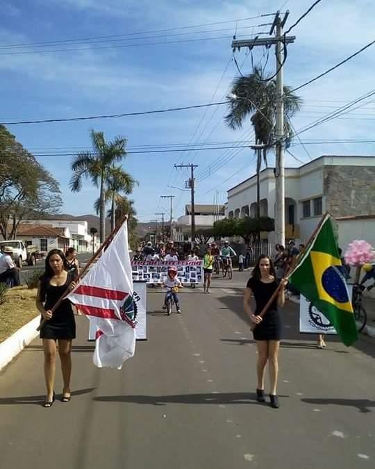Vazante resgata tradição do desfile de Sete de Setembro