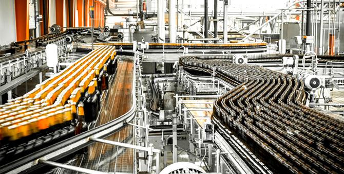 Indústria cresce 5,3% em outubro, maior taxa desde abril de 2013