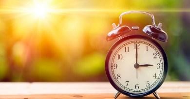 Relógios de celulares se adiantam, mas horário de verão não começou