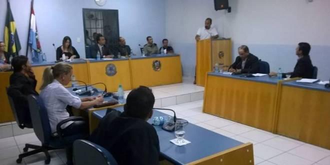 Câmara acata recomendação da Justiça e afasta prefeito de Piracanjuba