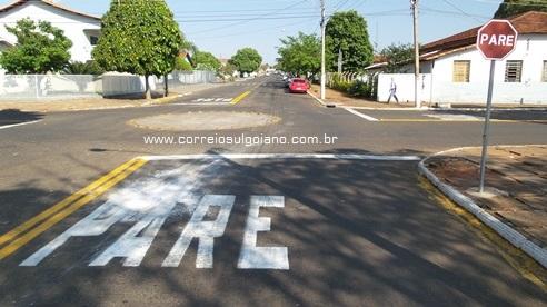 Sinalização Rua Manoel Lemes de Mendonça sentido Odontomed para Saneago
