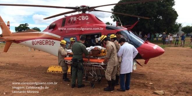 Motociclista avança sinal de PARE, colide contra carro, e morre no helicóptero a caminho de Goiânia