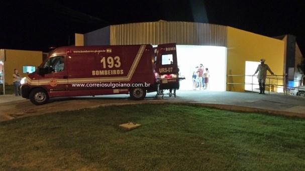 Motociclistas são socorridos ao Hospital Municipal de Morrinhos