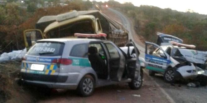 Morre o soldado vítima de atropelamento, quando um caminhão bateu em viaturas da PM, em Catalão