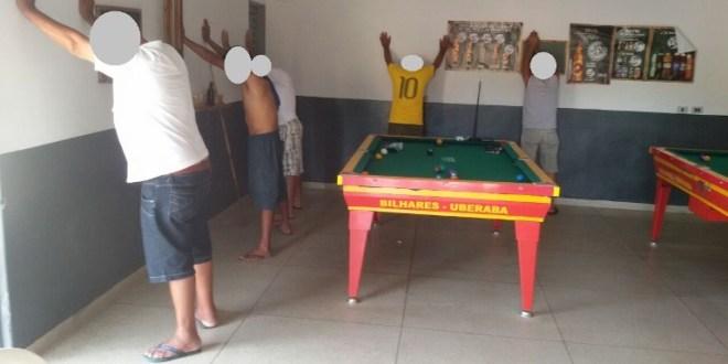 Polícia em Ação: PM realiza Blitz para identificar possíveis autores e evitar crimes em Morrinhos