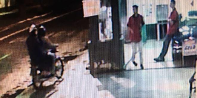 Homens armados, em uma moto, roubam Posto Pit Stop na saída para Caldas Novas