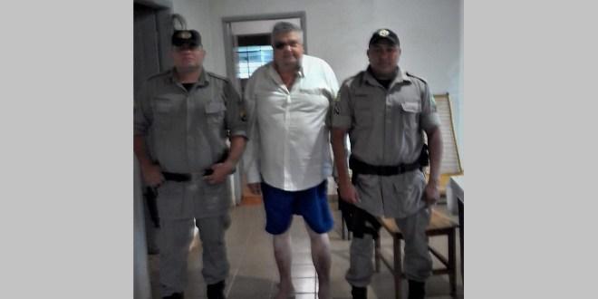 POLÍCIA NAS RUAS: Ação rápida da Polícia Militar em socorro à vítima de queda no centro de Morrinhos