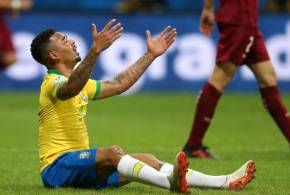 Seleção brasileira não fura retranca da Venezuela e fica no empate de 0 x 0 frustrando os torcedores mais uma vez