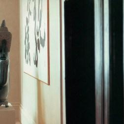 """Projetos de Kelly Hoppen apresentados em seu livro """"House of Hoppen - A retrospective"""""""