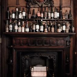 """""""Berry Bros & Rudd"""" loja tradicional de vinhos em Londres"""