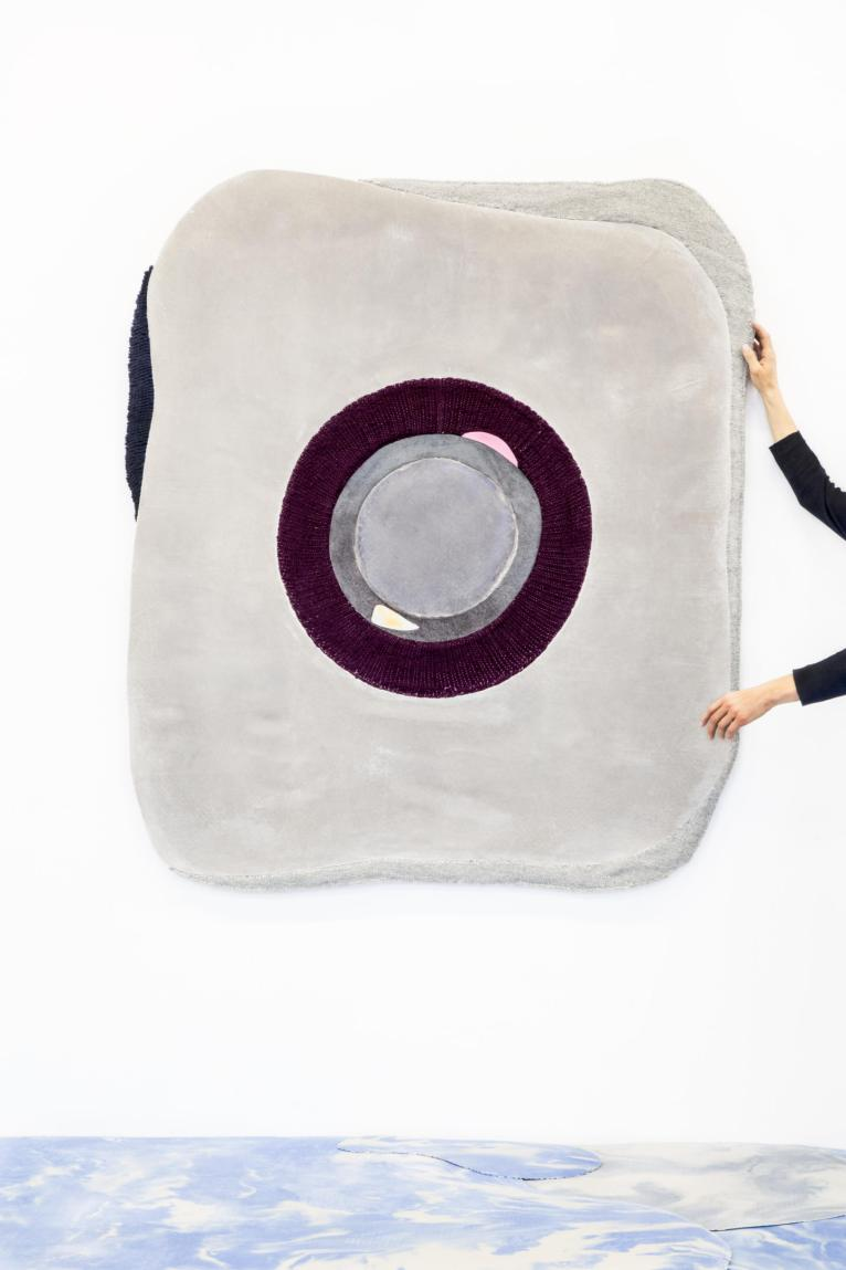 Amelie Marei Concrete 09 carpet or tapestry in textile concrete and handwoven wool (1)
