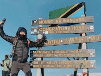 O empresário Rodrigo Noll no Kilimanjaro (Arquivo pessoal)