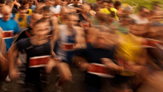 Maratona de Chicago e Boston reuniu mais de 55 mil corredores. (Divulgação)