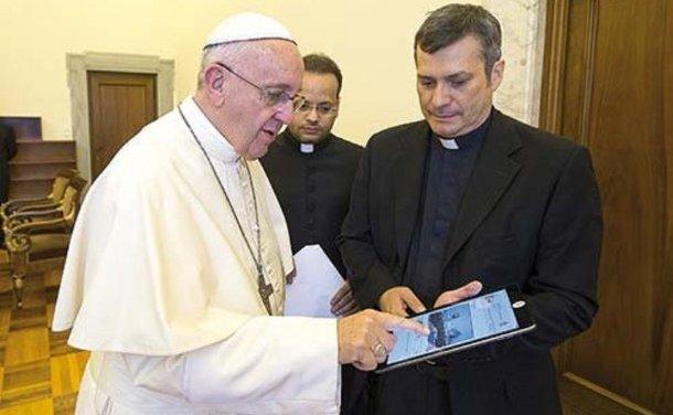 Un Argentino y santafesino será el nuevo jefe de comunicaciones del Vaticano