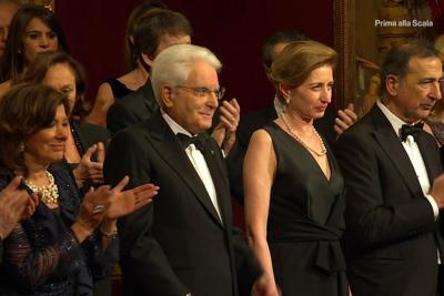 Prima della Scala, ovazione per Mattarella