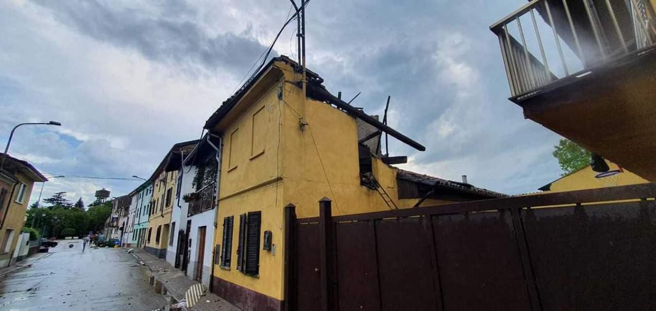 213163302 3034140176819885 5713234229201710308 n - Meteo Piemonte e Lombardia: ingenti danni per temporali di forte intensità. Grandine e vento devastano anche edifici