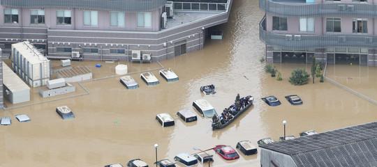 SecondoApple, uragani e alluvioni potrebbero favorire gliiPhone