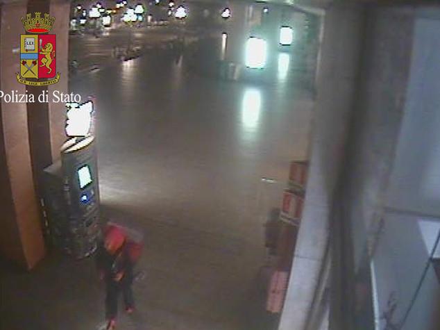 Terrorismo: turco con un machete in stazione a Venezia, arrestato