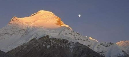 Valanga sull'Himalaya, 3 morti e 7 dispersi