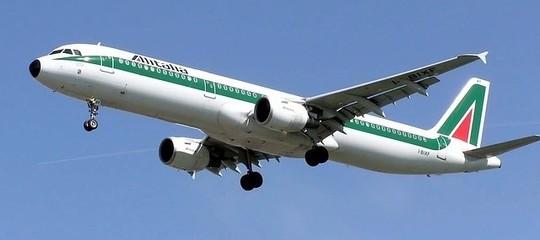 Alitalia Di Maio partecipazione Mef e Fs oltre 50%