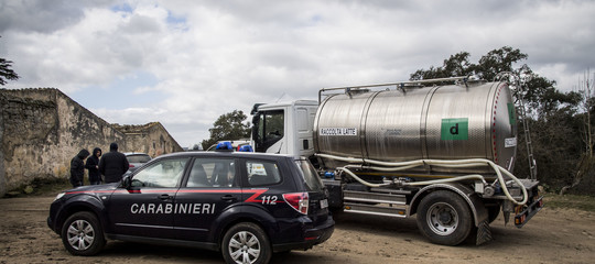 Latte: camion bruciato nel Sassarese, autista è stato legato a un albero
