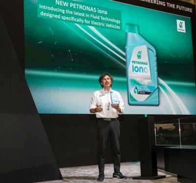 Petronas Iona, arrivano i fluidi per i veicoli elettrici