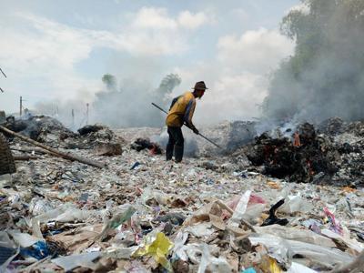 Altro che riciclo. Ecco dove finiscono i nostri rifiuti di plastica