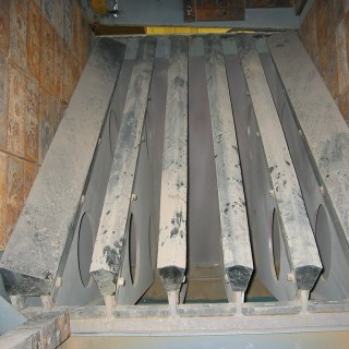 scalping-and-grizzly-decks-gallery-Heavy-Duty-Grizzly-Bars