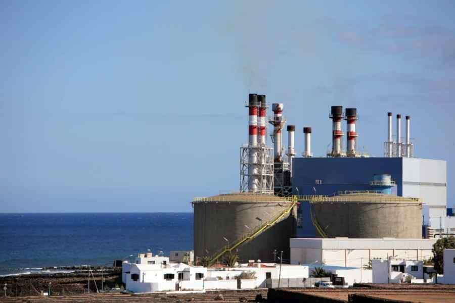 Oil tanks in refinary