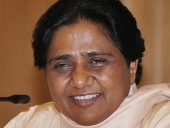 India: Shadow of corruption over Maya's key aide