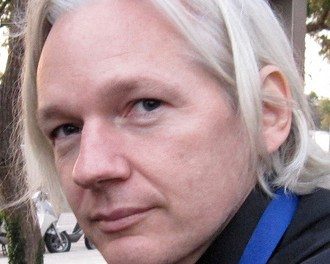Sweden: Mother applauds Assange asylum bid