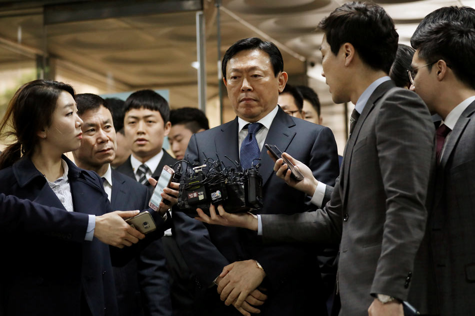 South Korea:  High level corruption arrests