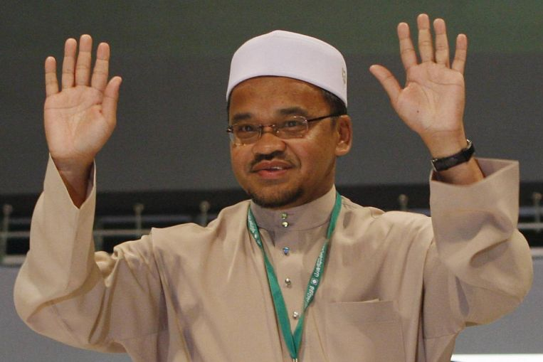 Malaysia: PAS former deputy president Nasharudin Mat Isa charged for corruption