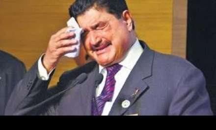 UAE: Tale of rags-to-riches-to-rags of BR Shetty