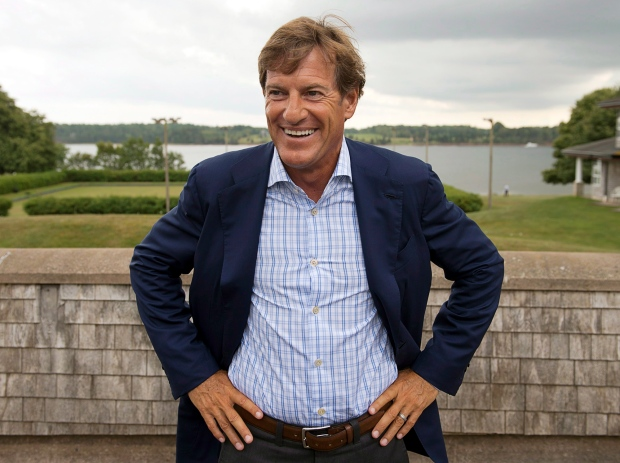 An investigation by CBC/Radio-Canada and the Toronto Star has found that Stephen Bronfman and his investment company Claridge Inc. were key players linked to a $60-million US offshore trust in the Cayman Islands. (Andrew Vaughan/Canadian Press)