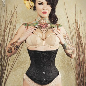Corset-Connection-LeMew_CaraFlora